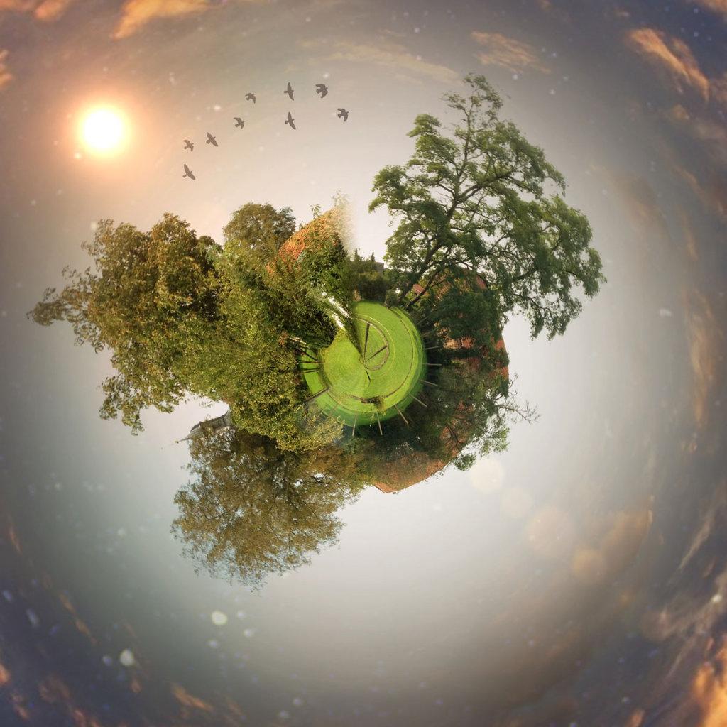 little-planet-circular-test.jpg